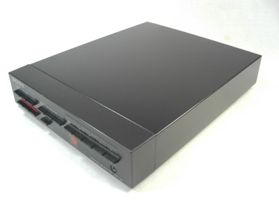 sb-7002-2.jpg
